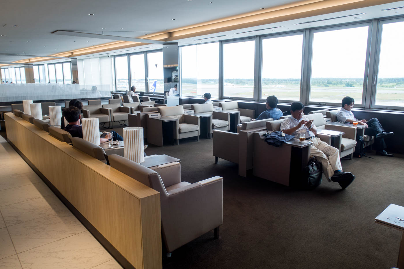 ANA Lounge Sapporo New Chitose Seating