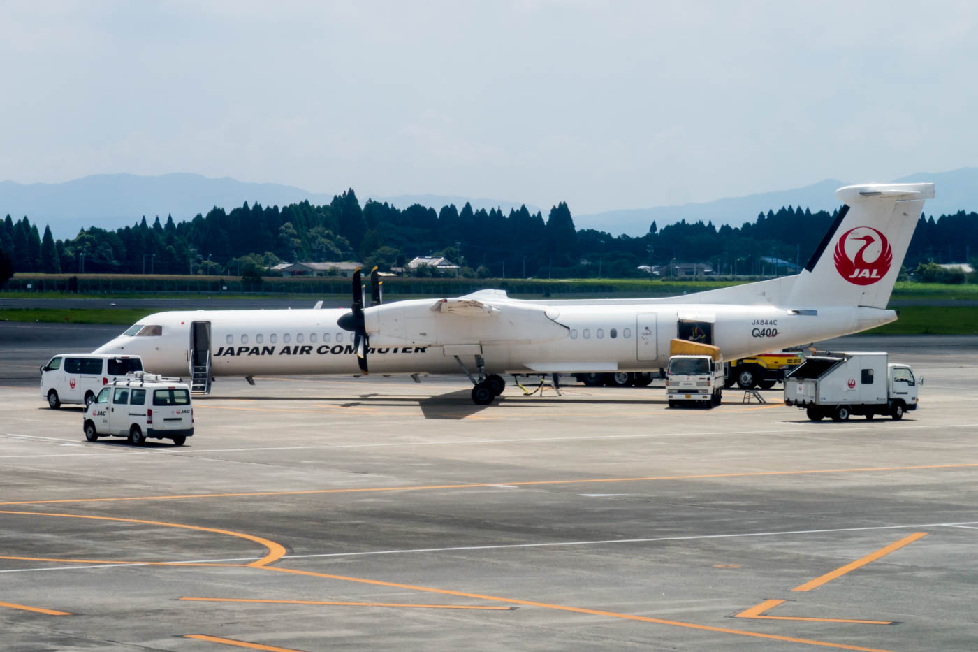 Japan Air Commuter Bombardier Dash 8 Q400 at Kagoshima Airport