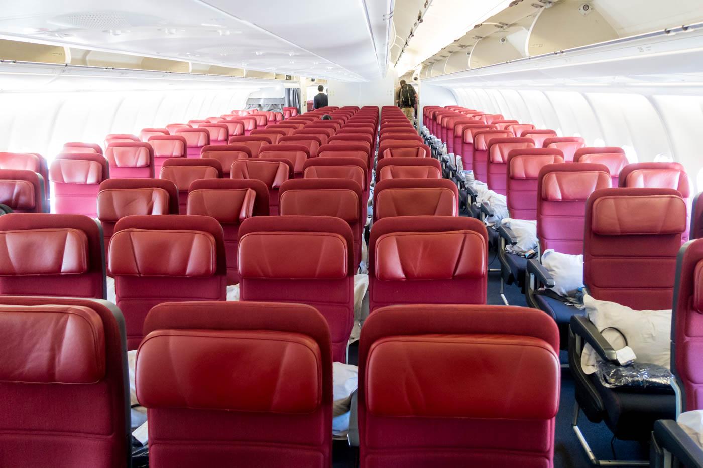 Qantas Airbus A330-300 Economy Class Cabin