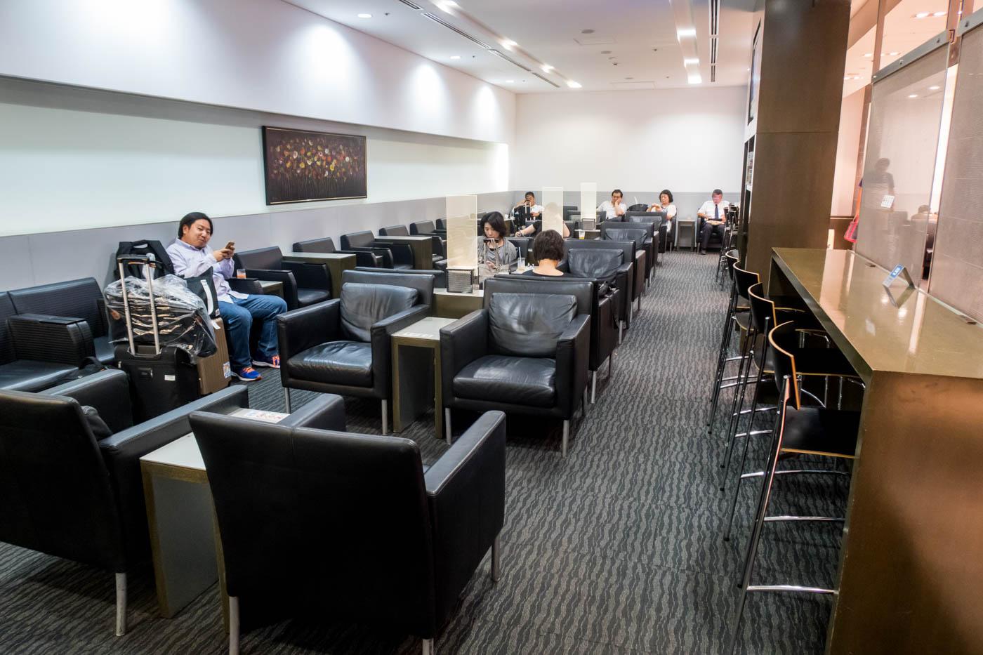 Lounge Hana Okinawa Seating