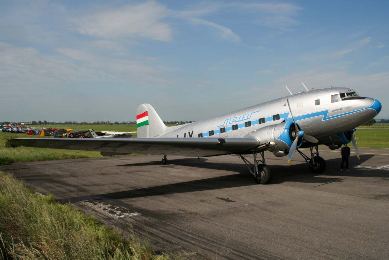 HA-LIX Lisunov Li-2