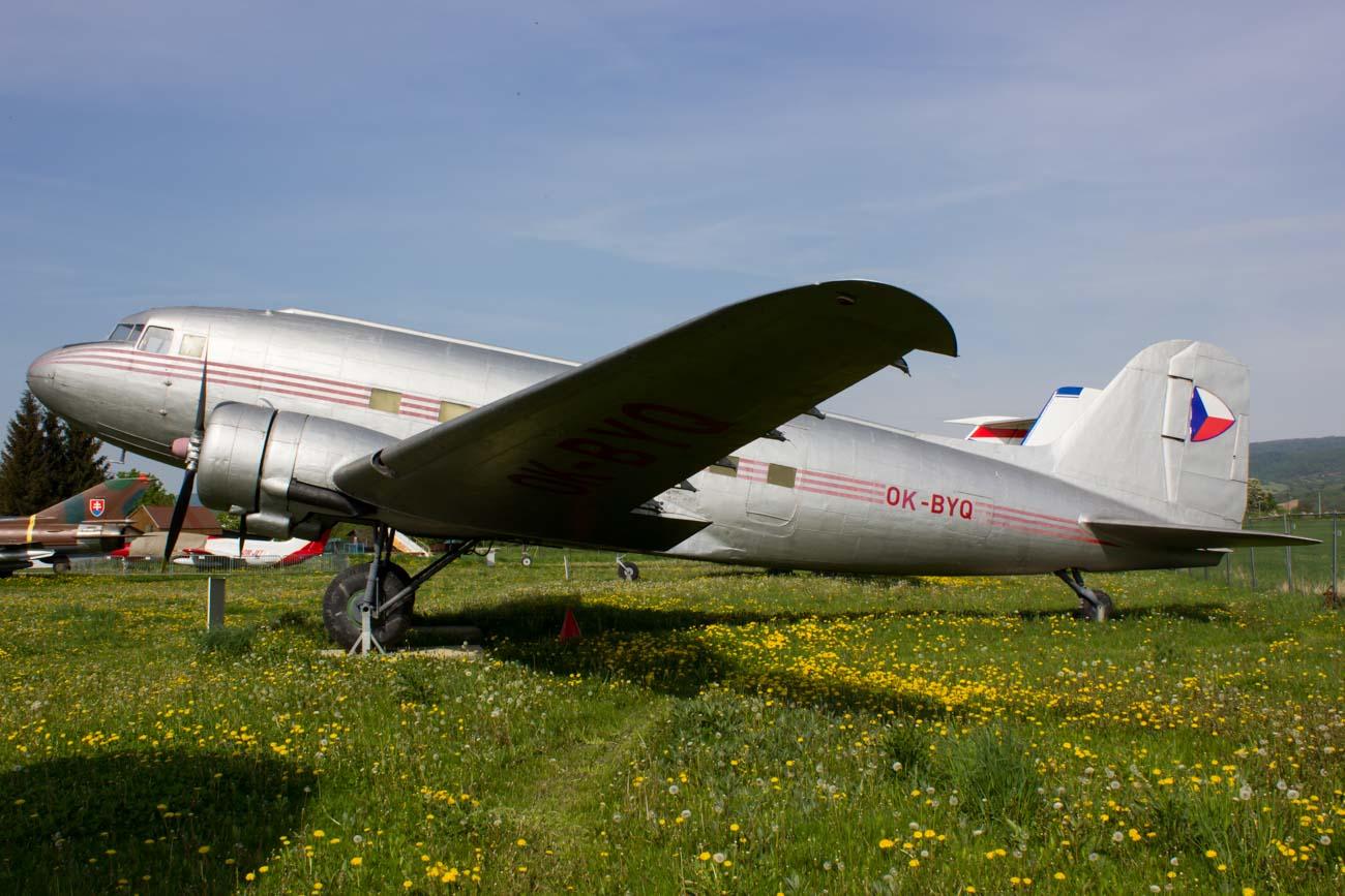 OK-BYQ Czechoslovakia Government Lisunov Li-2