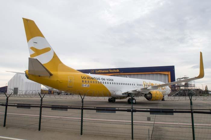 Flybondi 737-800.