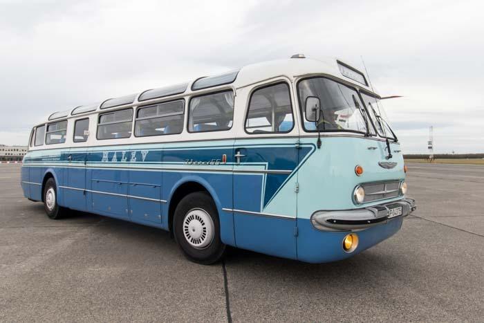Ikarus 55 Bus