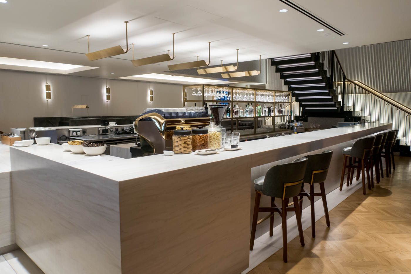 The Qantas London Lounge Bar