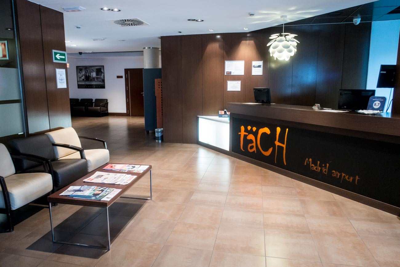 Hotel Tach Madrid Airport Reception