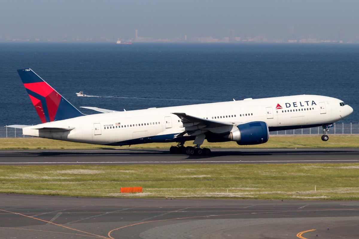 Delta Air Lines Boeing 777-200LR