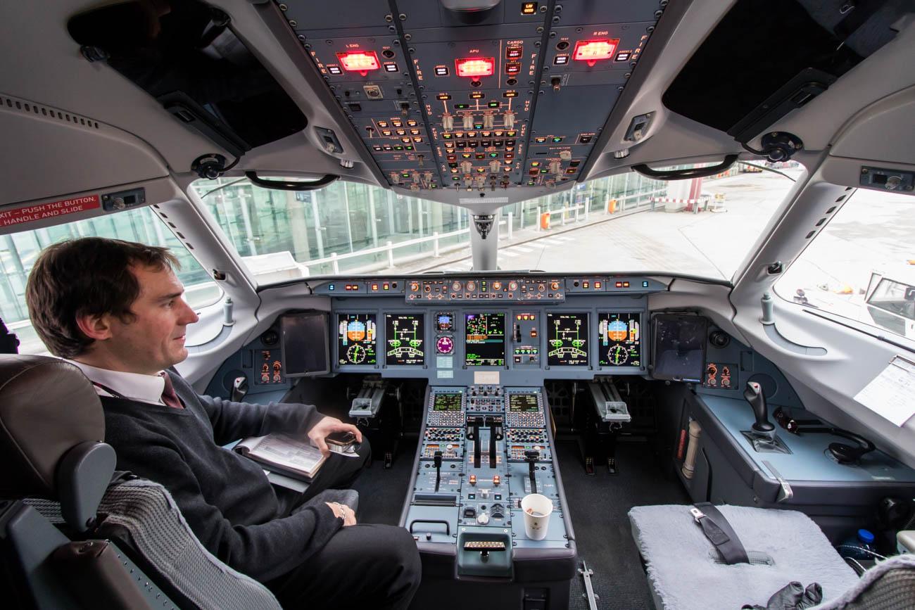 Brussels Airlines Sukhoi Superjet Cockpit