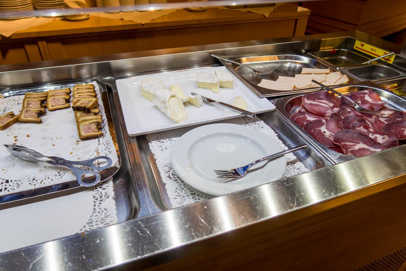 Basel EuroAirport Skyview Lounge Food