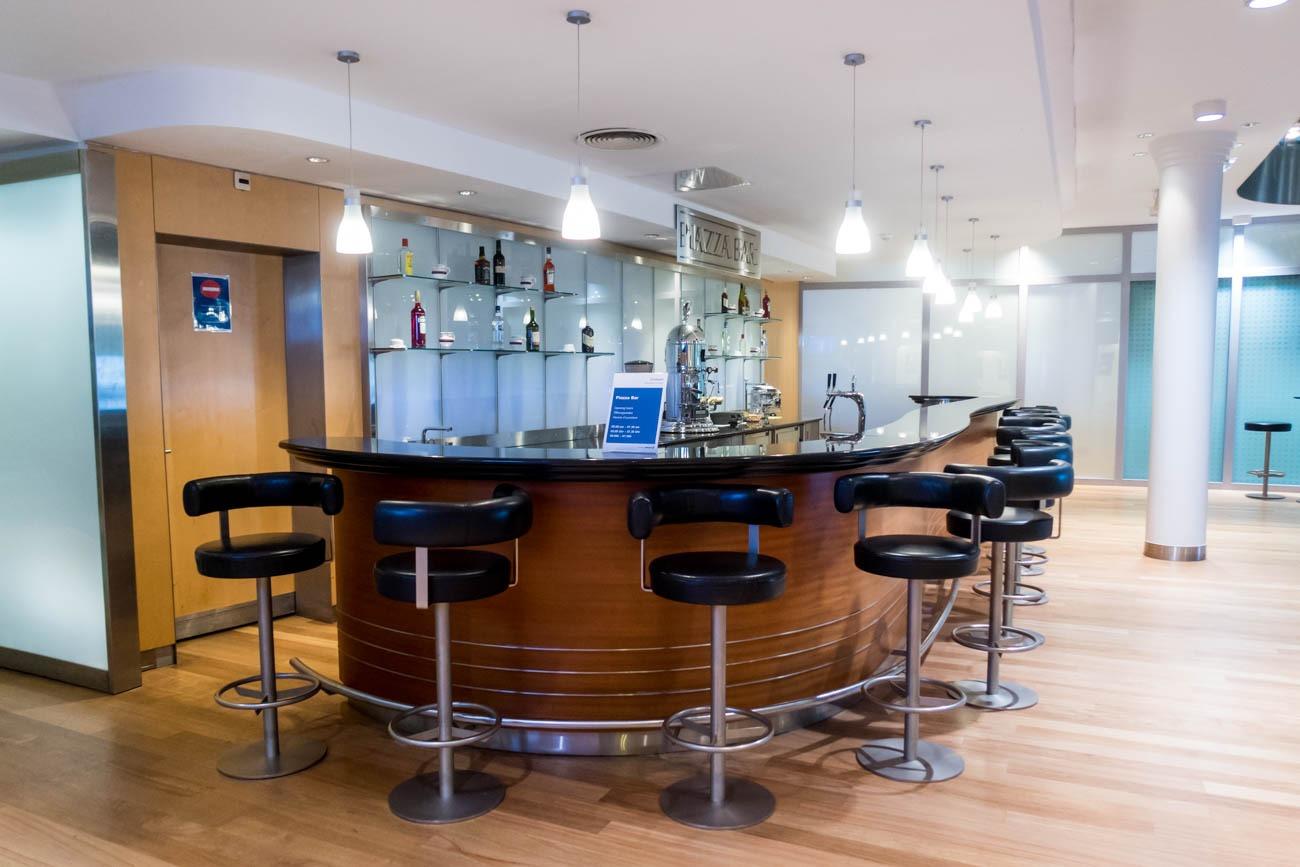 Basel EuroAirport Skyview Lounge Bar