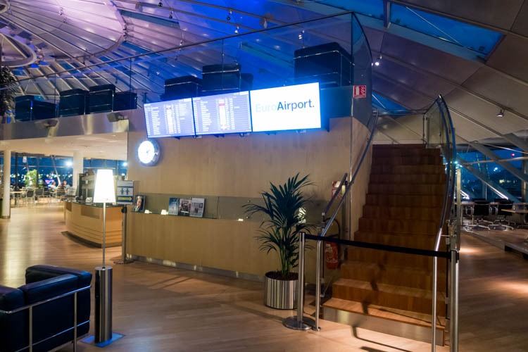 Basel EuroAirport Skyview Lounge Stairs