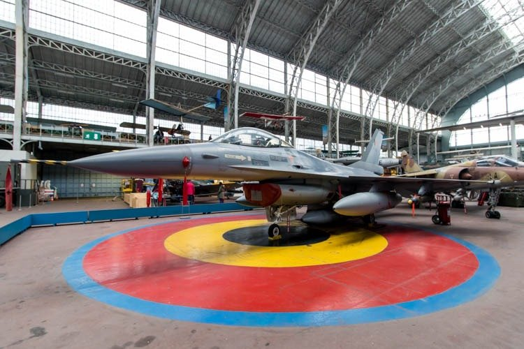 General Dynamics F-16 Fighting Falcon in the Royal Museum of the