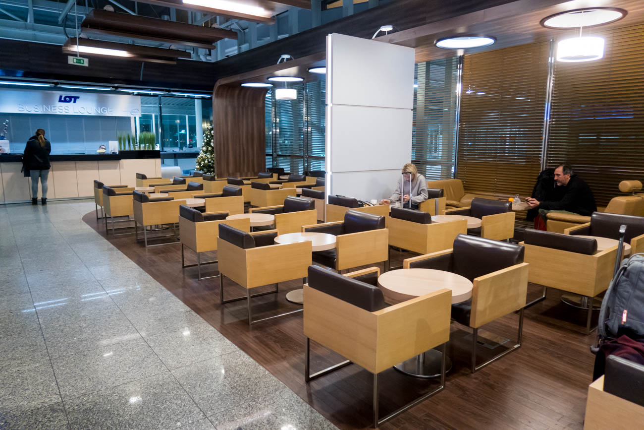 LOT Business Lounge Polonez Seating