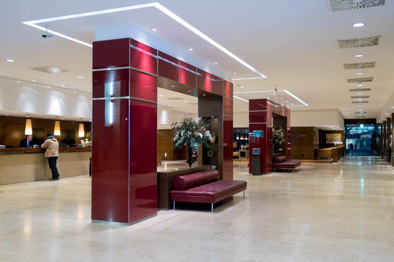 Lobby of NH Hotel Vienna Airport