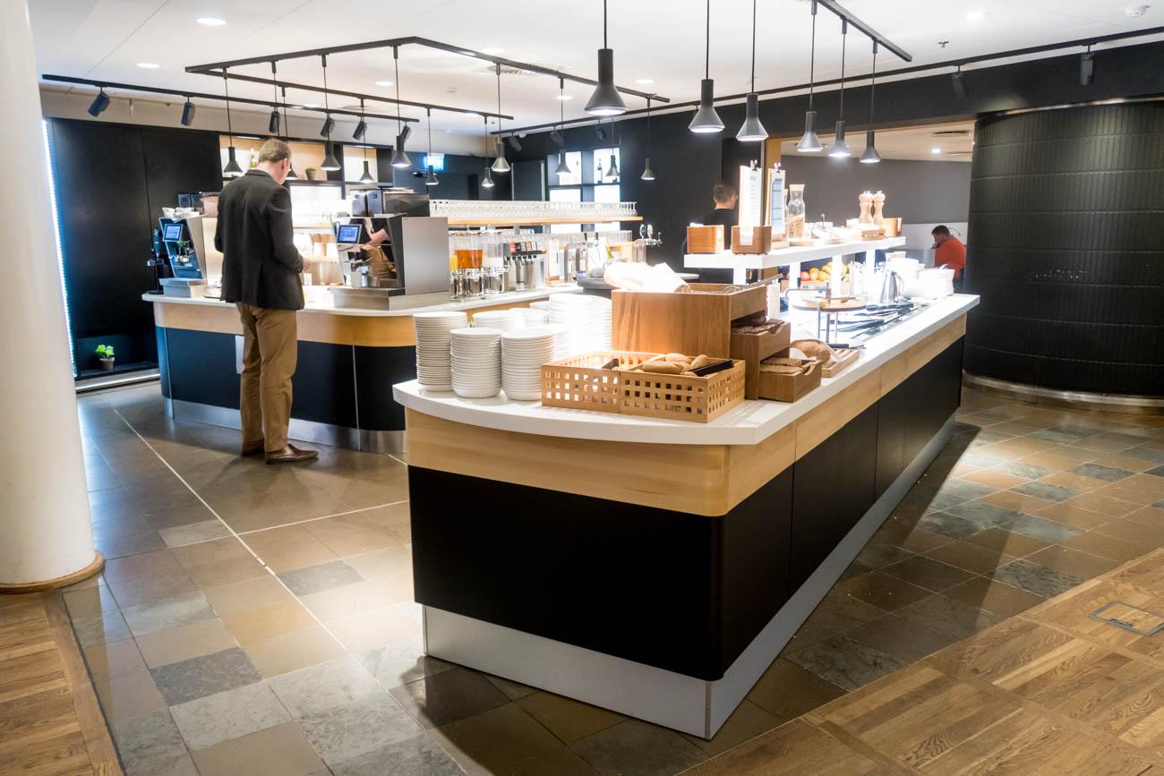 SAS Lounge Copenhagen Buffet Area