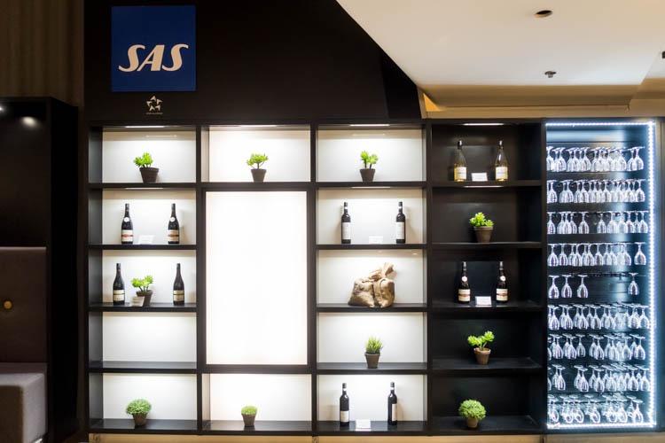 SAS Business Class Lounge Decorations