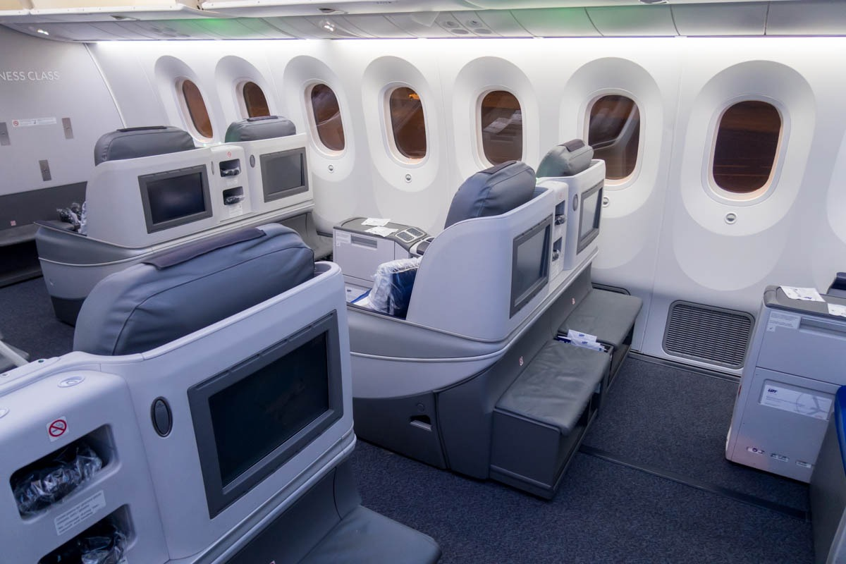 Full-Length Full-Flat Business Class Seat on LOT