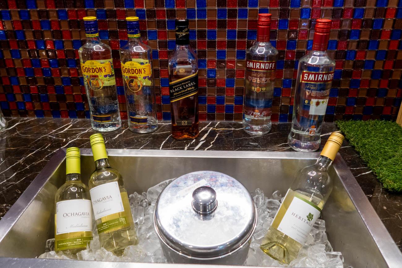 SATS Premier Lounge Singapore Terminal 2 Liquor
