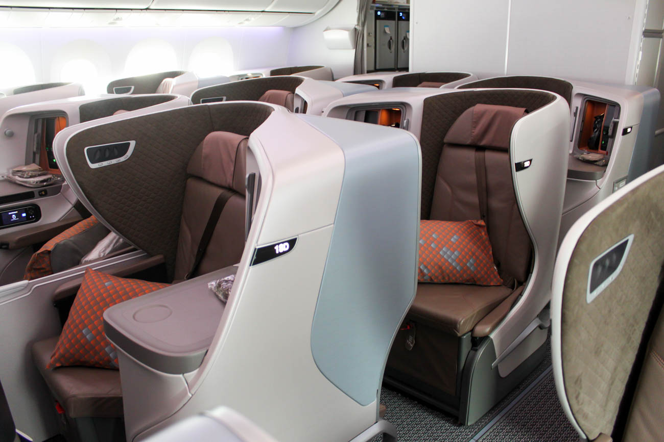 Singapore Airlines Boeing 787-10 Business Class Cabin
