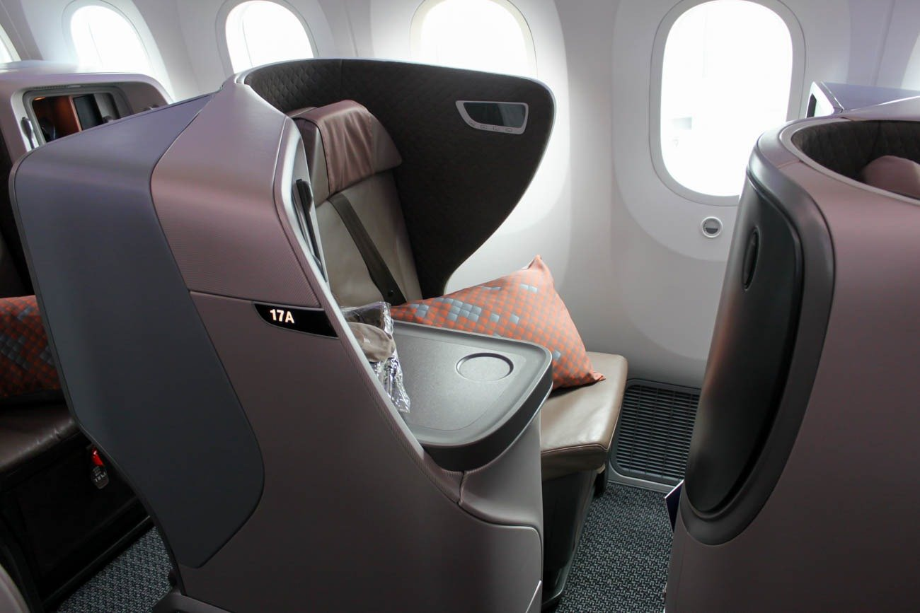 Singapore Airlines Boeing 787-10 Business Class Seat