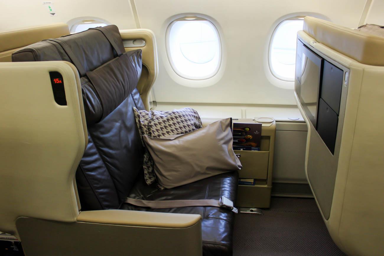 Singapore Airlines Airbus A380-800 Old Business Class Seat
