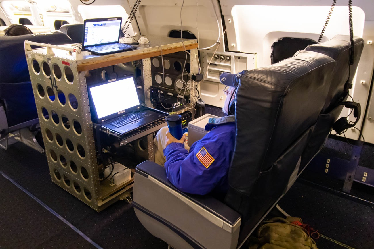 NASA DC-8 Instrument - POS AV