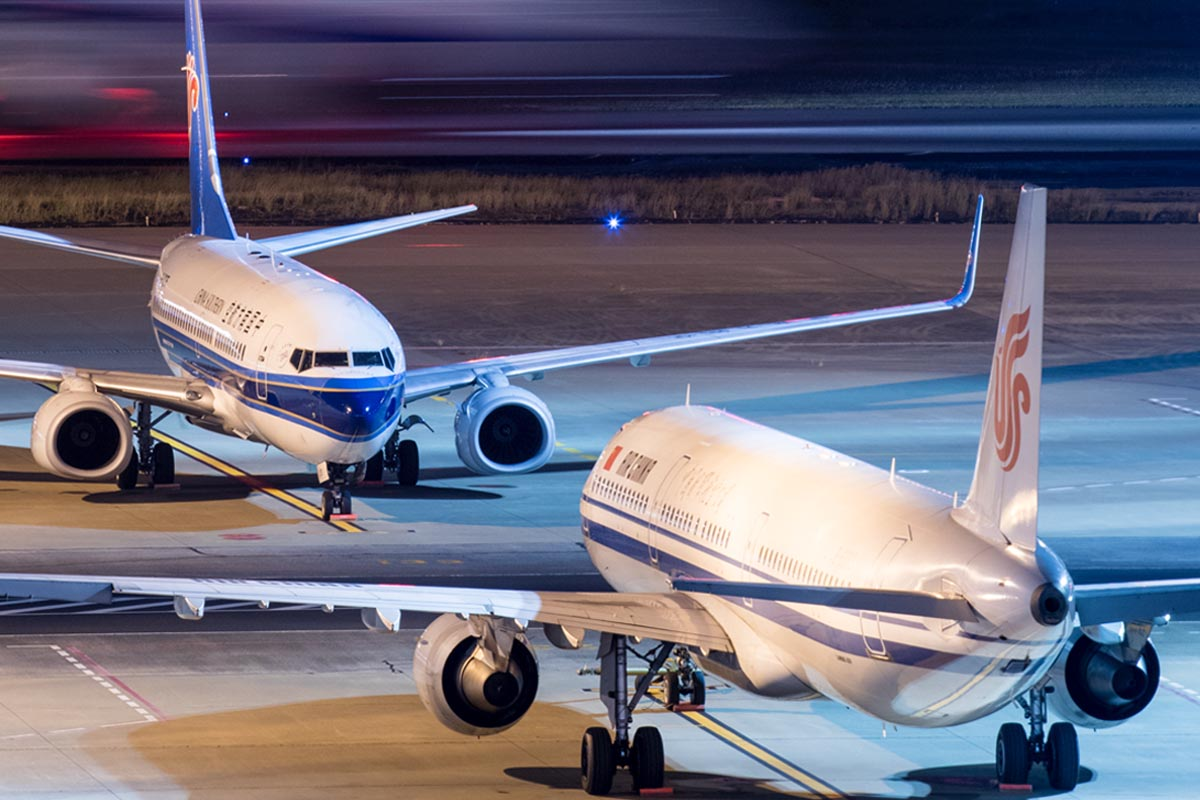 737 vs. A320 Price