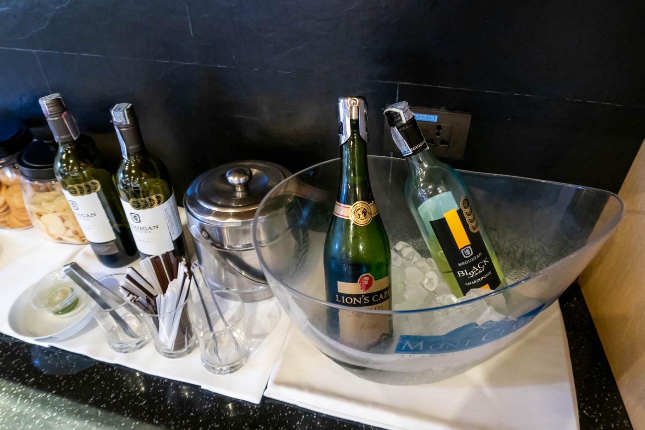 Air France-KLM Lounge Bangkok Wine