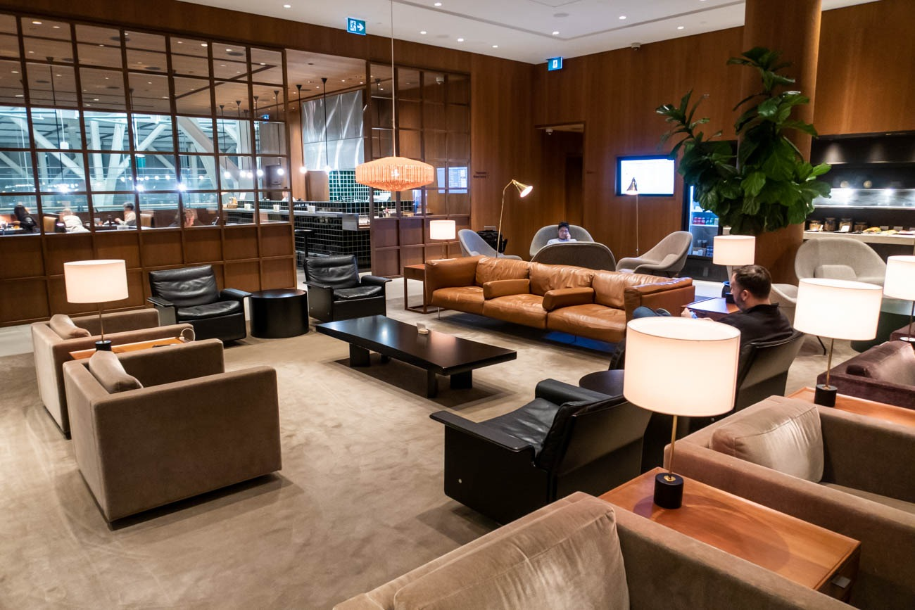 Cathay Pacific Lounge Vancouver Sofas