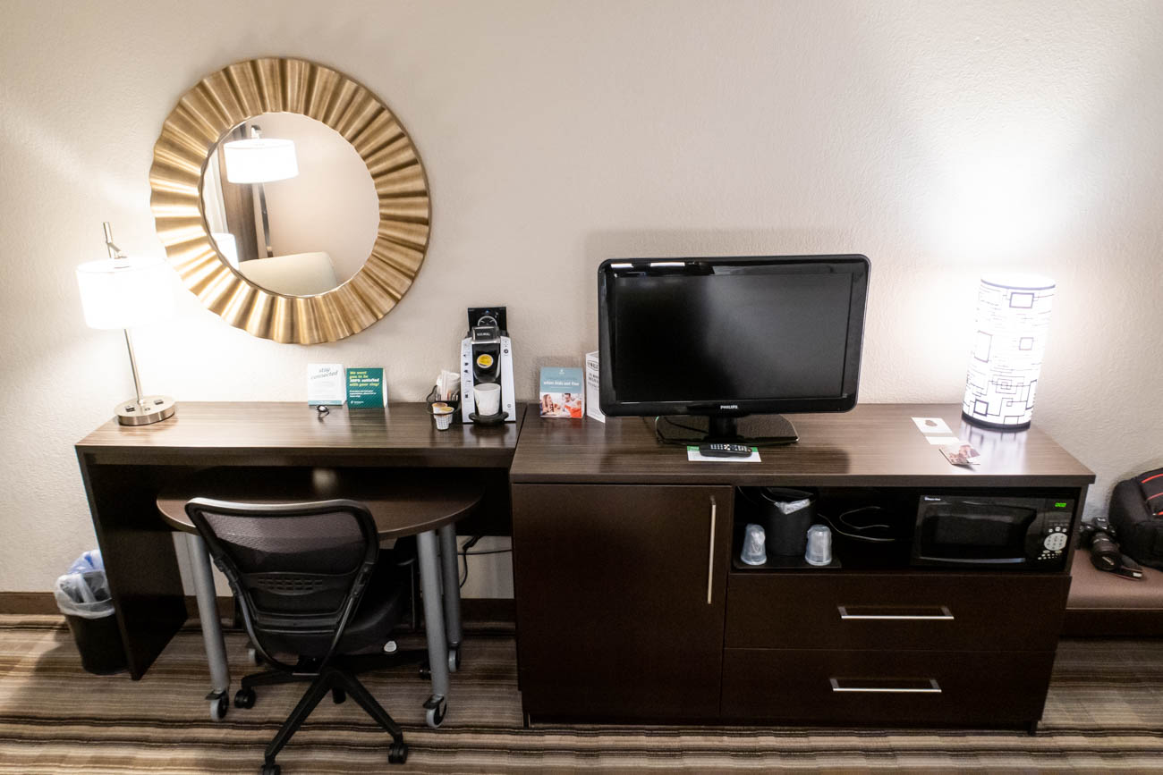 Holiday Inn Washington - Dulles Work Desk
