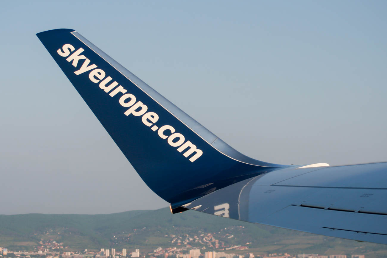 SkyEurope Airlines Financial Difficulties