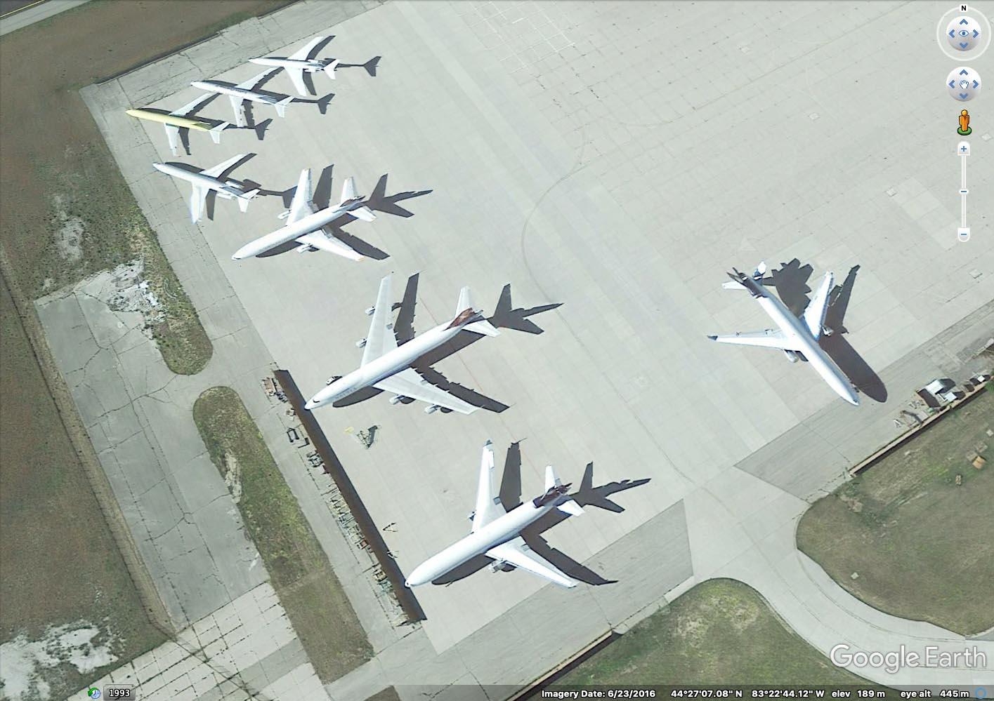 Baltia Air Lines 747-200 N706BL