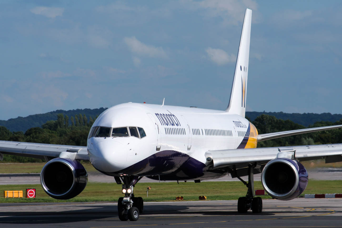 Monarch Airlines 757