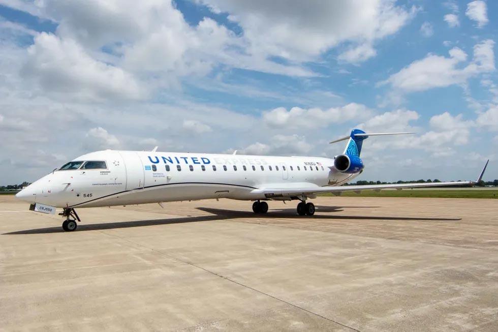 United CRJ-550 entra en servicio