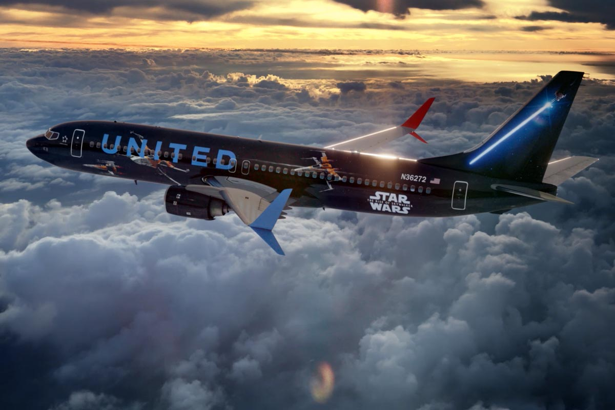 United Airlines Star Wars 737-900
