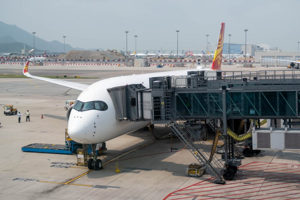 Hong Kong Airlines Cuts More Routes, Disables IFE from December 1, 2020
