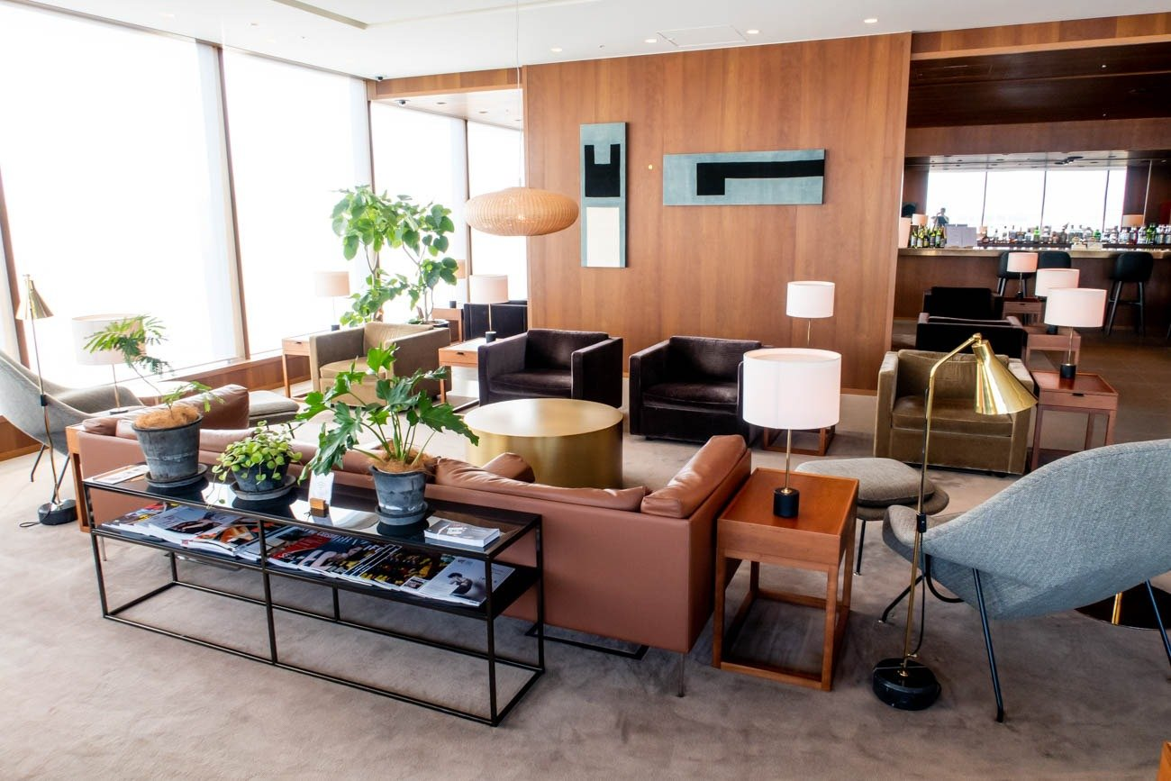 Review: Cathay Pacific First and Business Class Lounge at Tokyo Haneda Airport
