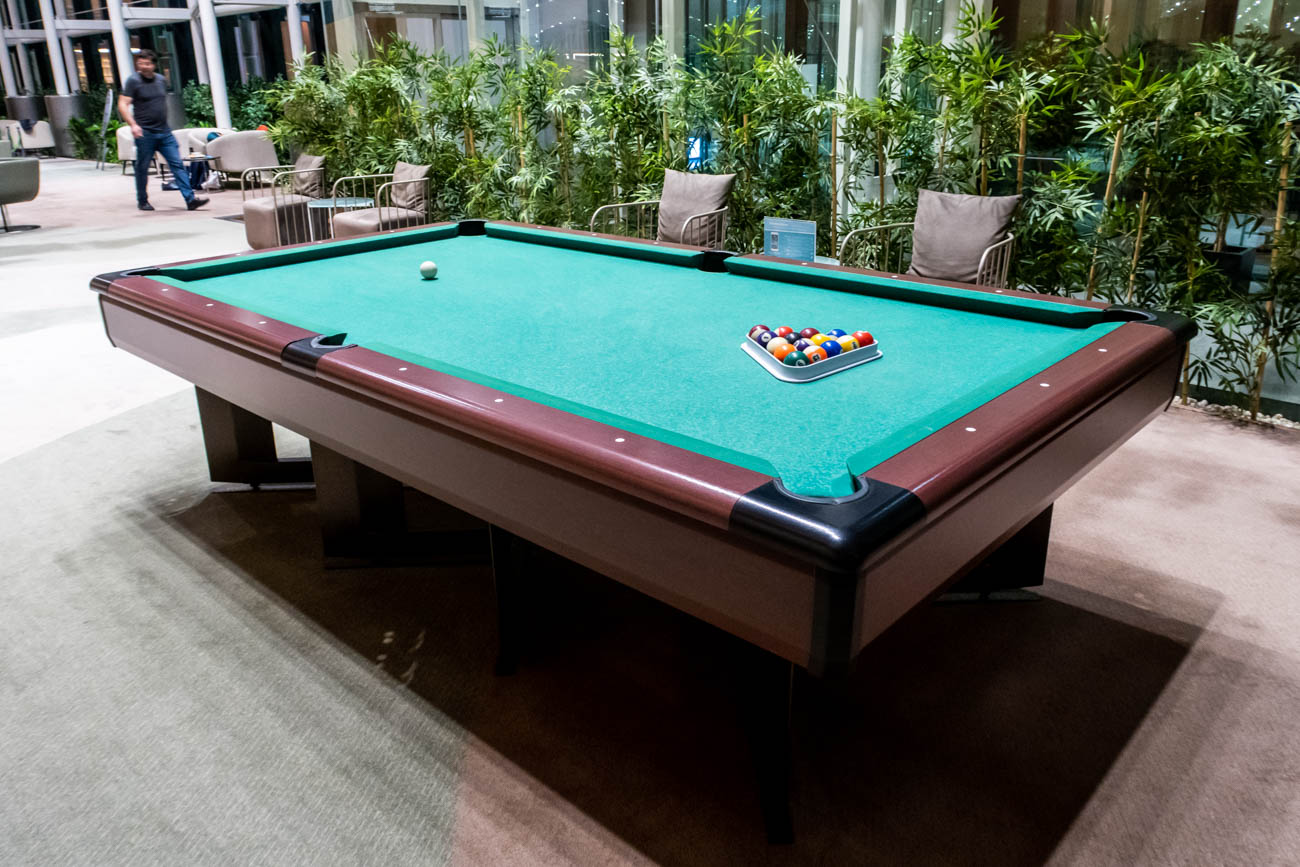 IGA Lounge Istanbul Pool Table
