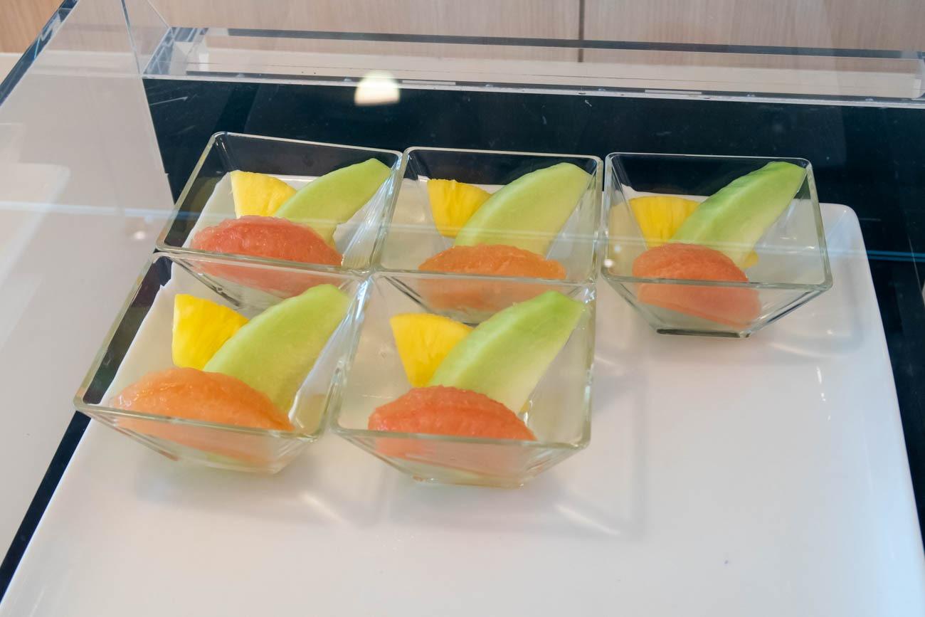 JAL Sakura Lounge Skyview Fruits