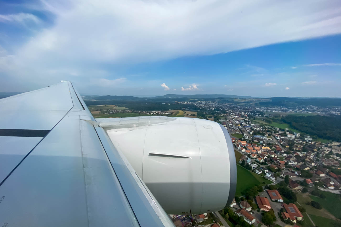 Swiss Flight 161 Landing in Zurich